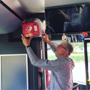 Defibrylator_autobus